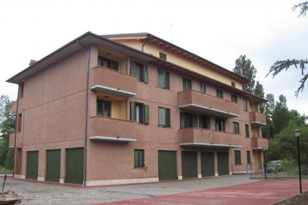 Modena palazzina San Damasio